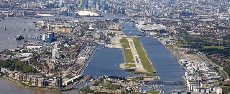 View of approach runway 27 London City Airport