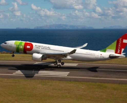 TAP A330 Aircraft landing