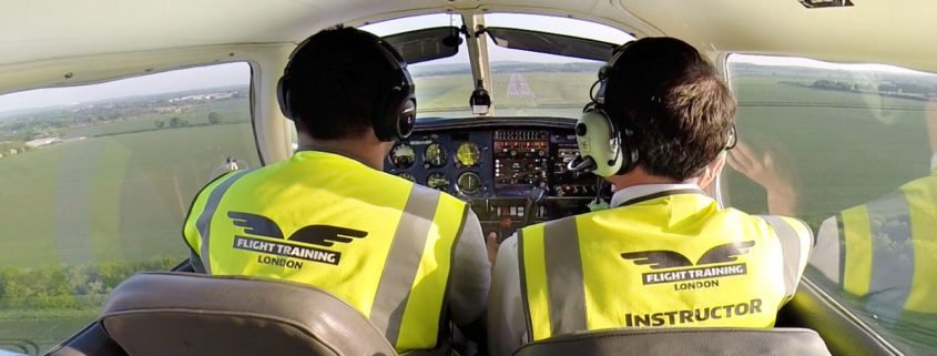 Flight training London flying lesson picture