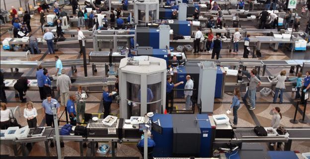 US laptop ban lifted on various airports and airlines
