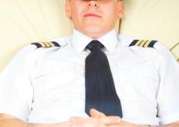 Do pilots sleep in flight?