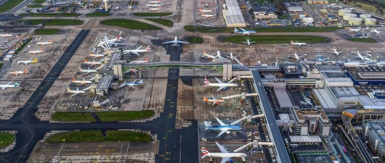 Gatwick mulls use of emergency runway to boost airport capacity