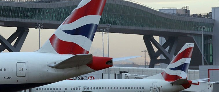 'Drunk'pilot pulled off BA flight and held by police