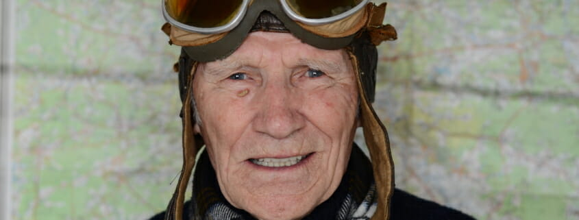 An article looking at what age is too old to start commercial flight training?