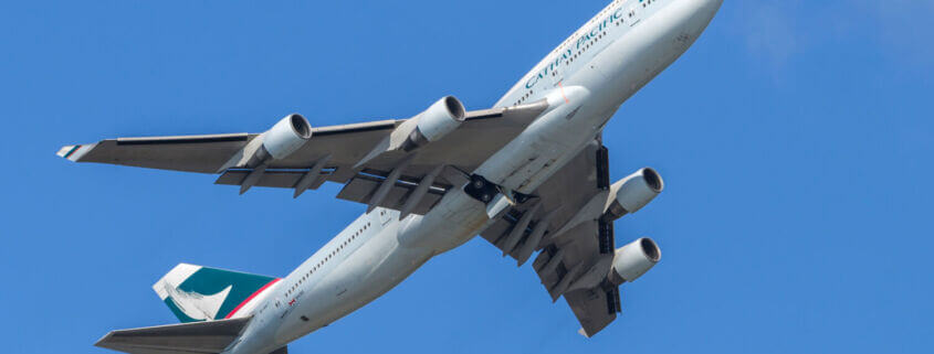 How much does a Boeing 747 Jumbo Jet Weigh?